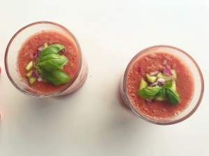 tomaten rode paprika gazpacho
