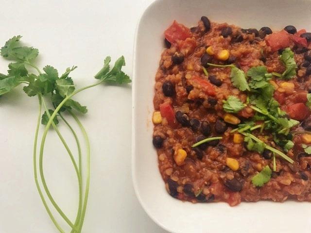 Vegan rode linzen chili