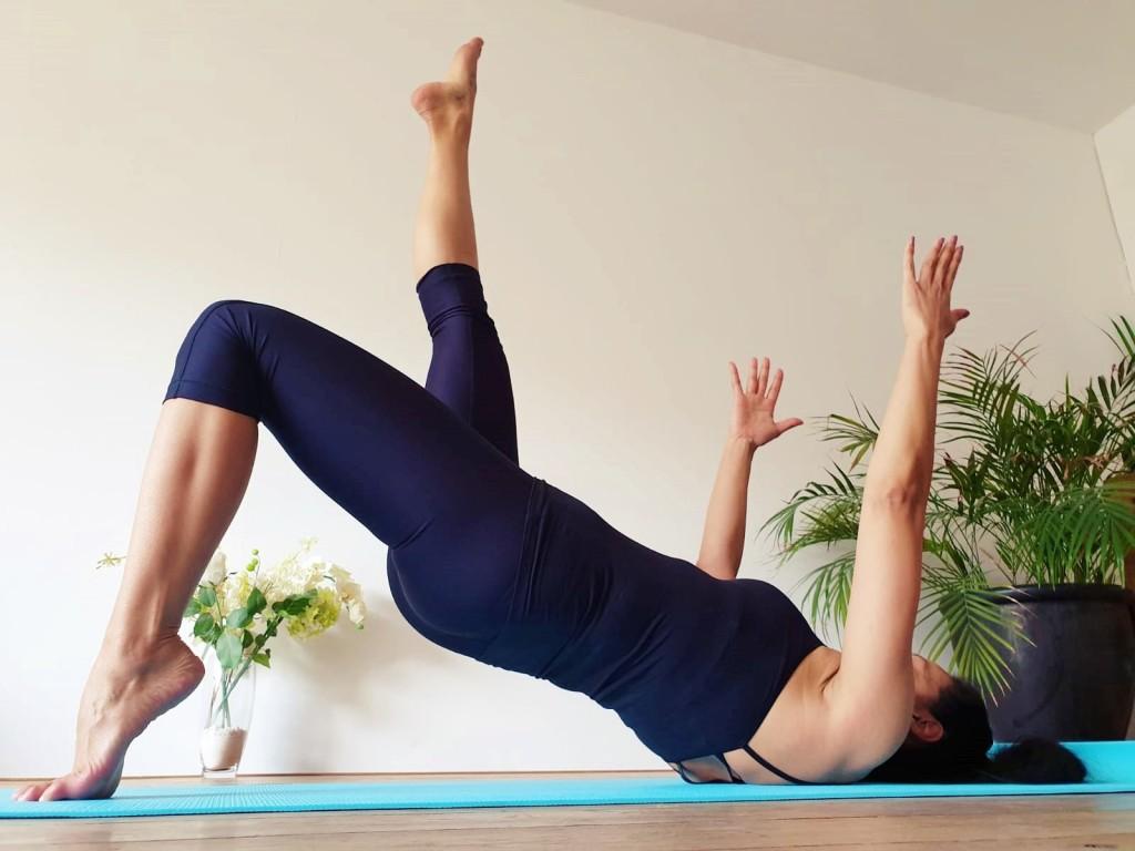 armen-buik-en-billen-pilates-workout  strongbody.nl   Juliette Amadsoedjoek