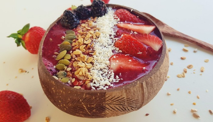 Frambozen smoothie bowl | strongbody.nl