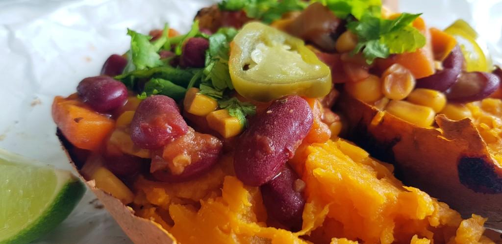 Gepofte zoete aardappel met chili | strongbody.nl
