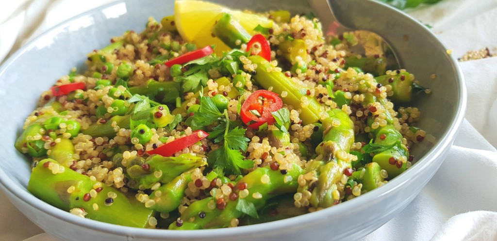 Quinoa asperges salade | strongbody.nl