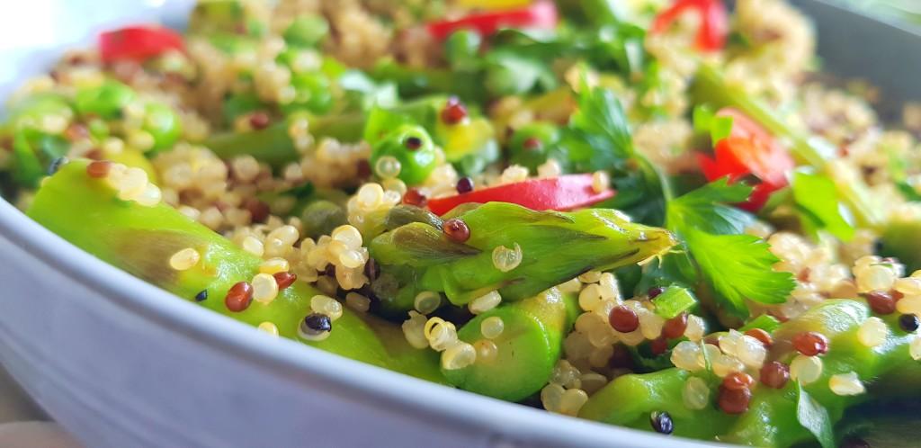 Quinoa asperges salade   strongbody.nl