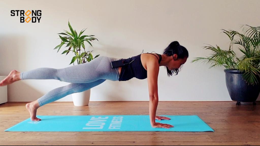 Buikspieren Pilates workout | strongbody.nl