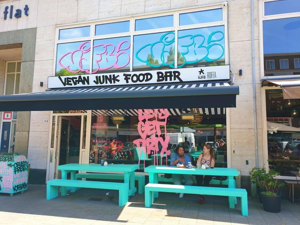 Vegan Junk Food Bar | strongbody.nl