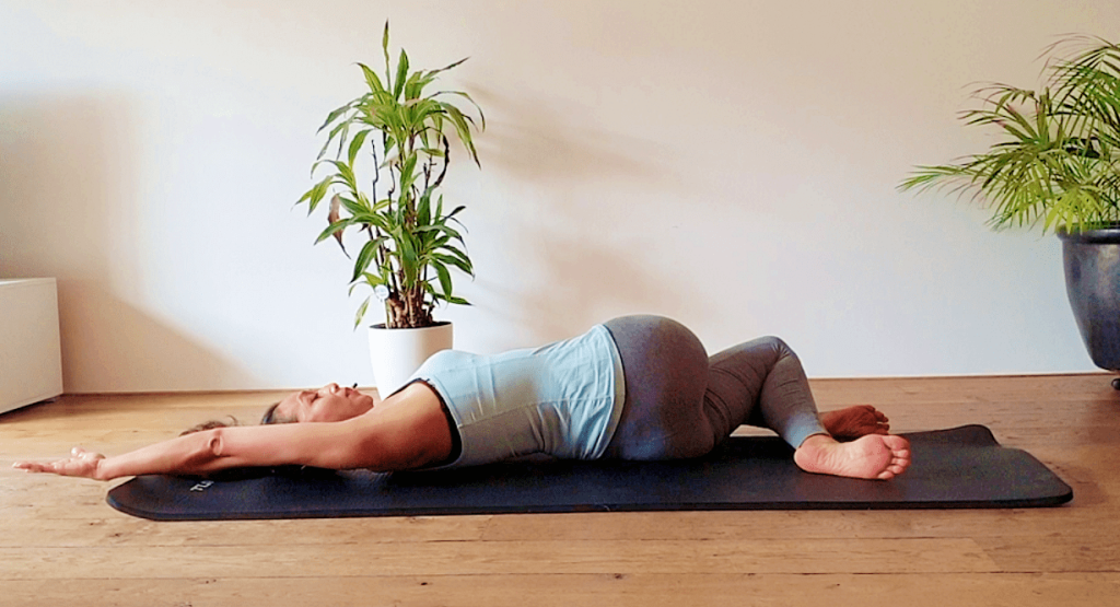 pilates rekoefeningen voor de rug | strongbody.nl
