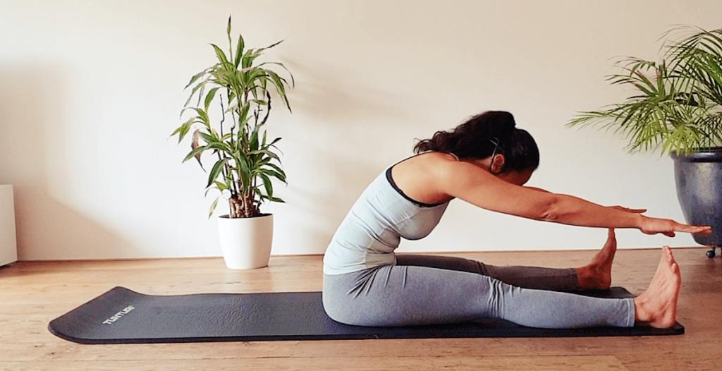 6 pilates rekoefeningen voor de rug | strongbody.nl
