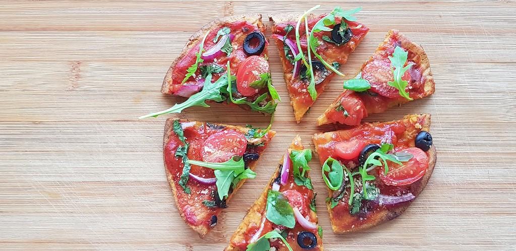 Zoete aardappel pizza | strongbody.nl