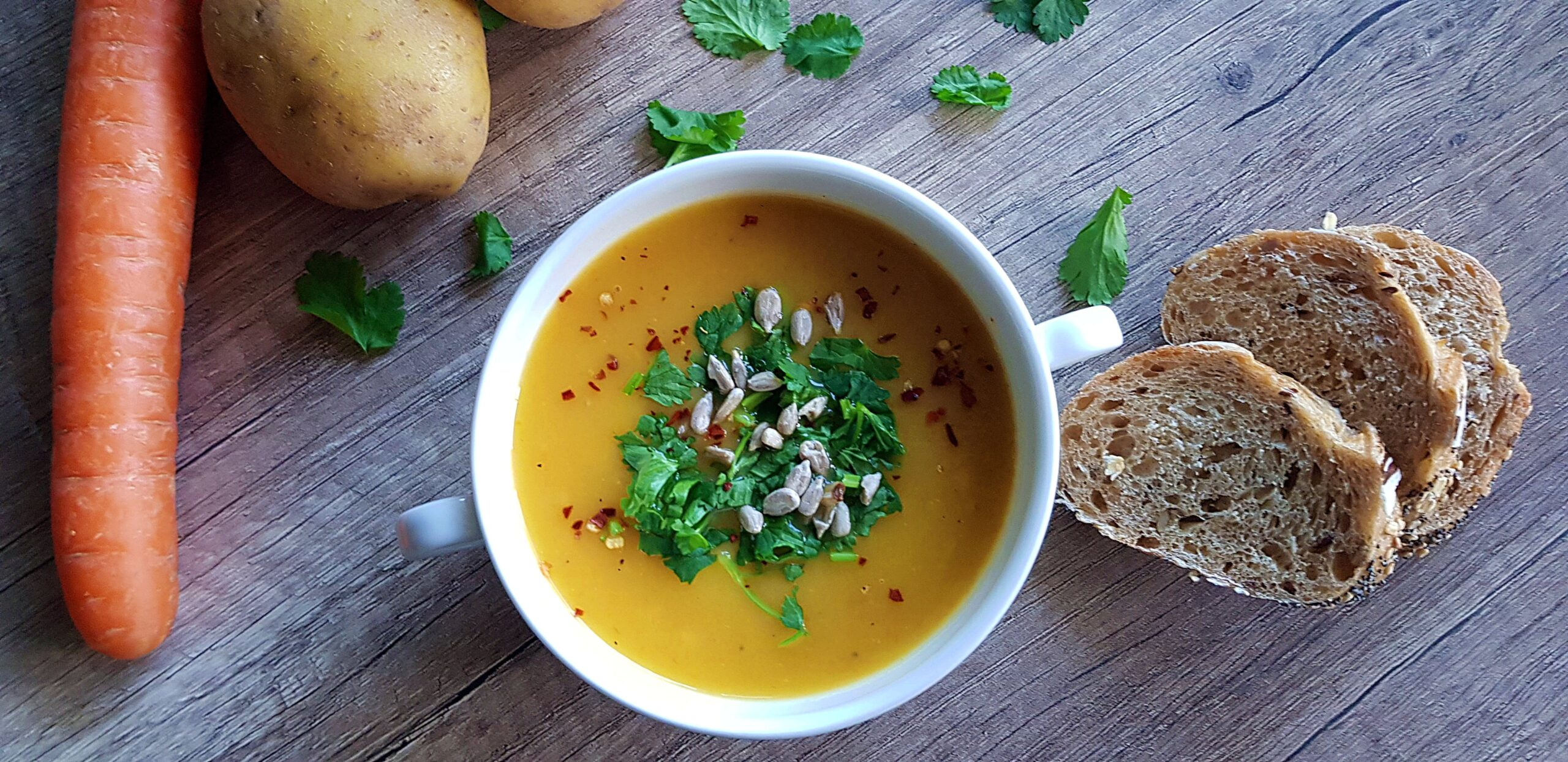 Aardappel wortel soep | strongbody.nl
